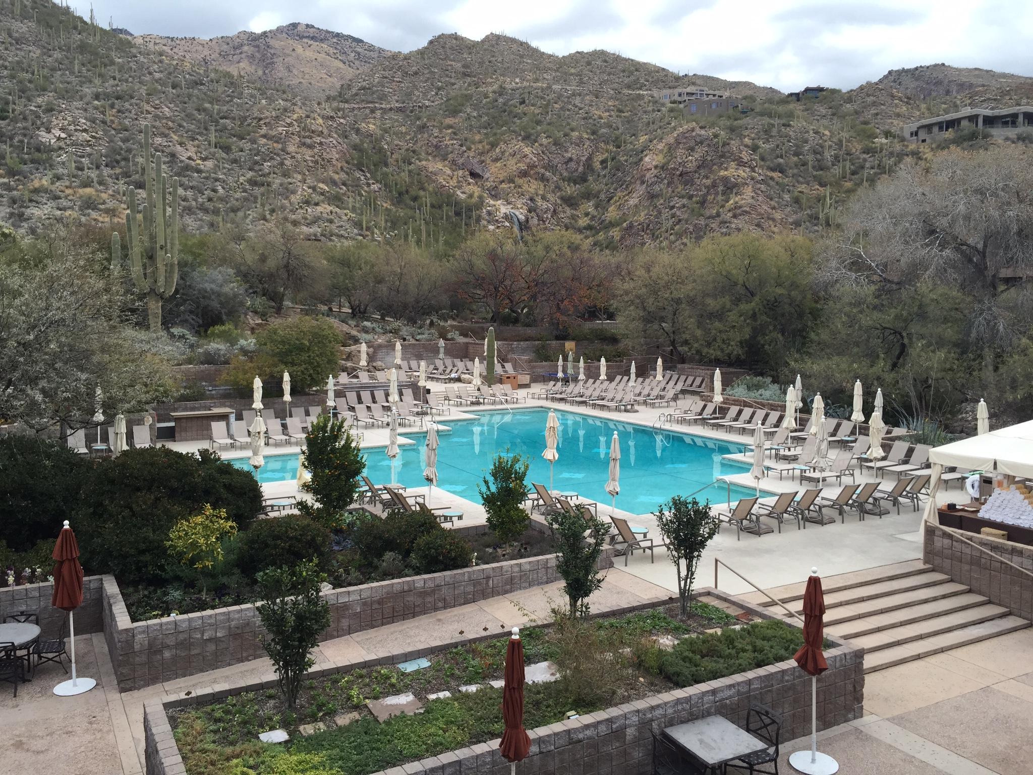Loews Ventana Canyon Resort outdoor pool