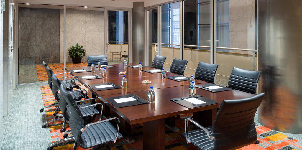 loews-phila-meeting-room