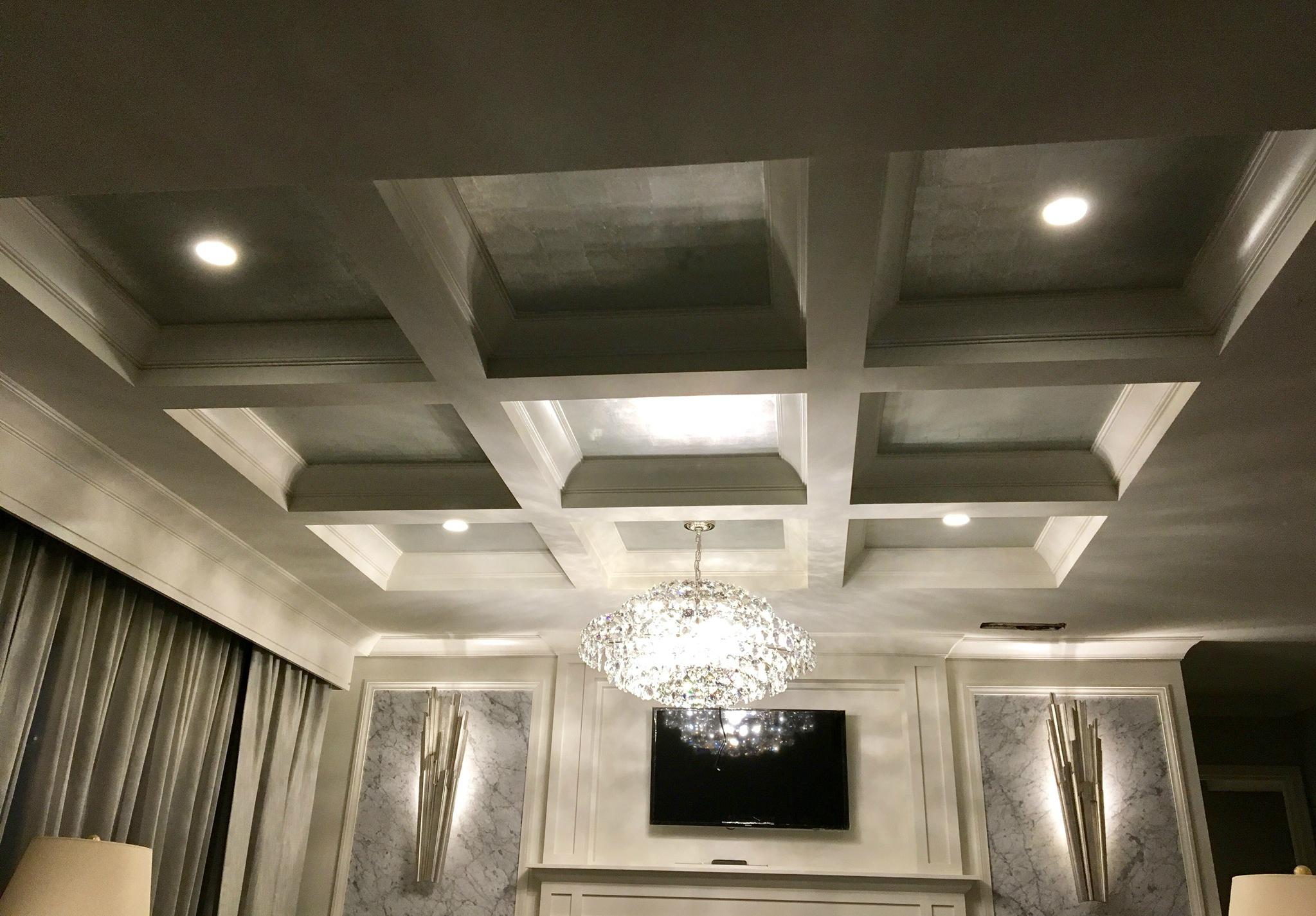Melrose Georgetown Hotel guestroom chandelier