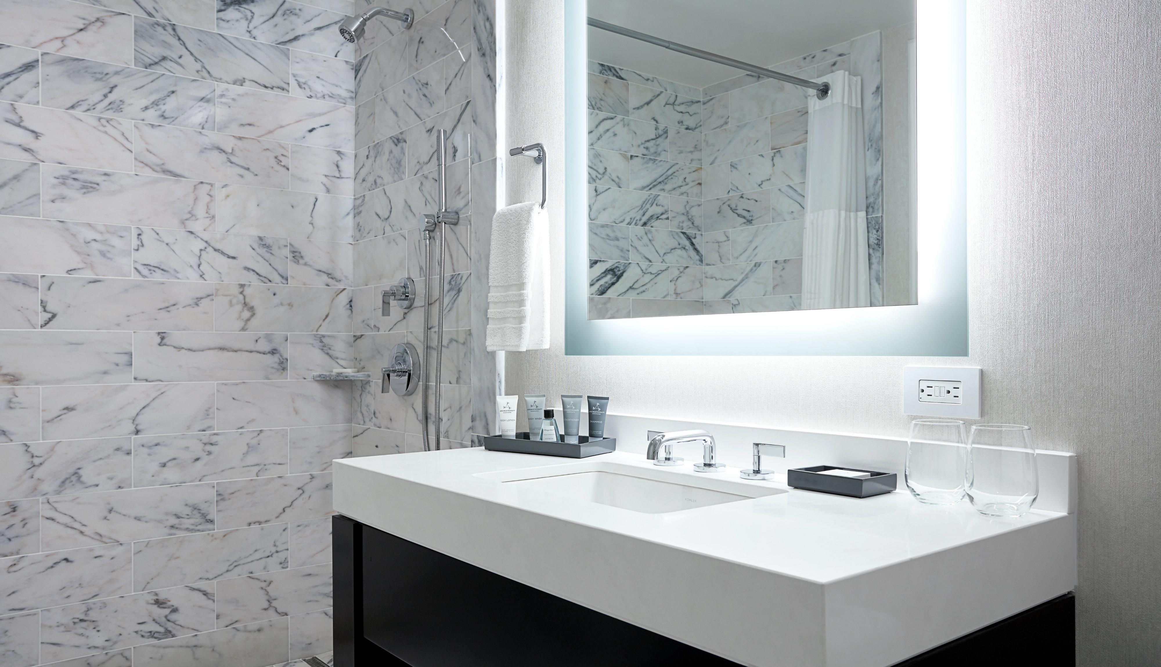 JW Marriott Essex House New York Central Park bathroom suite
