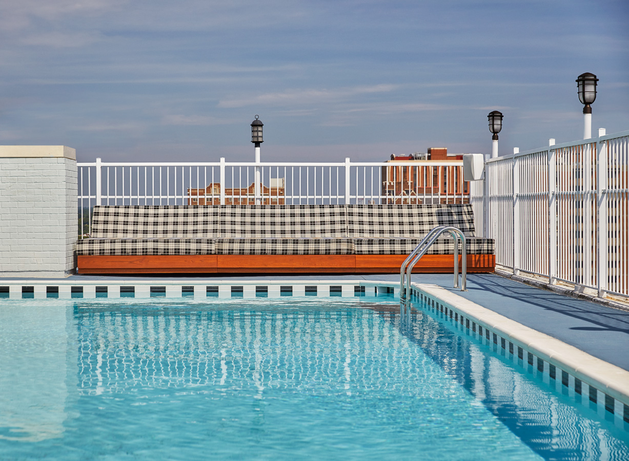 Graduate Richmond Hotel pool seating