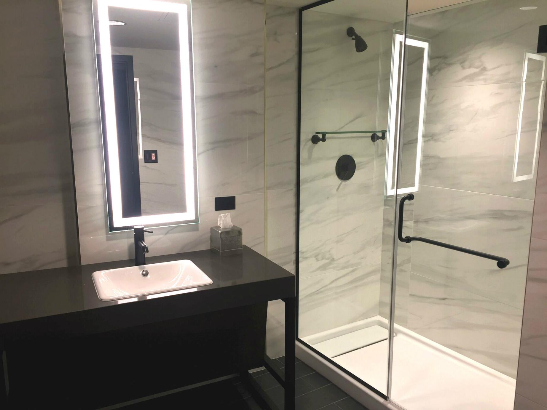 Shower resize at Washington Hilton