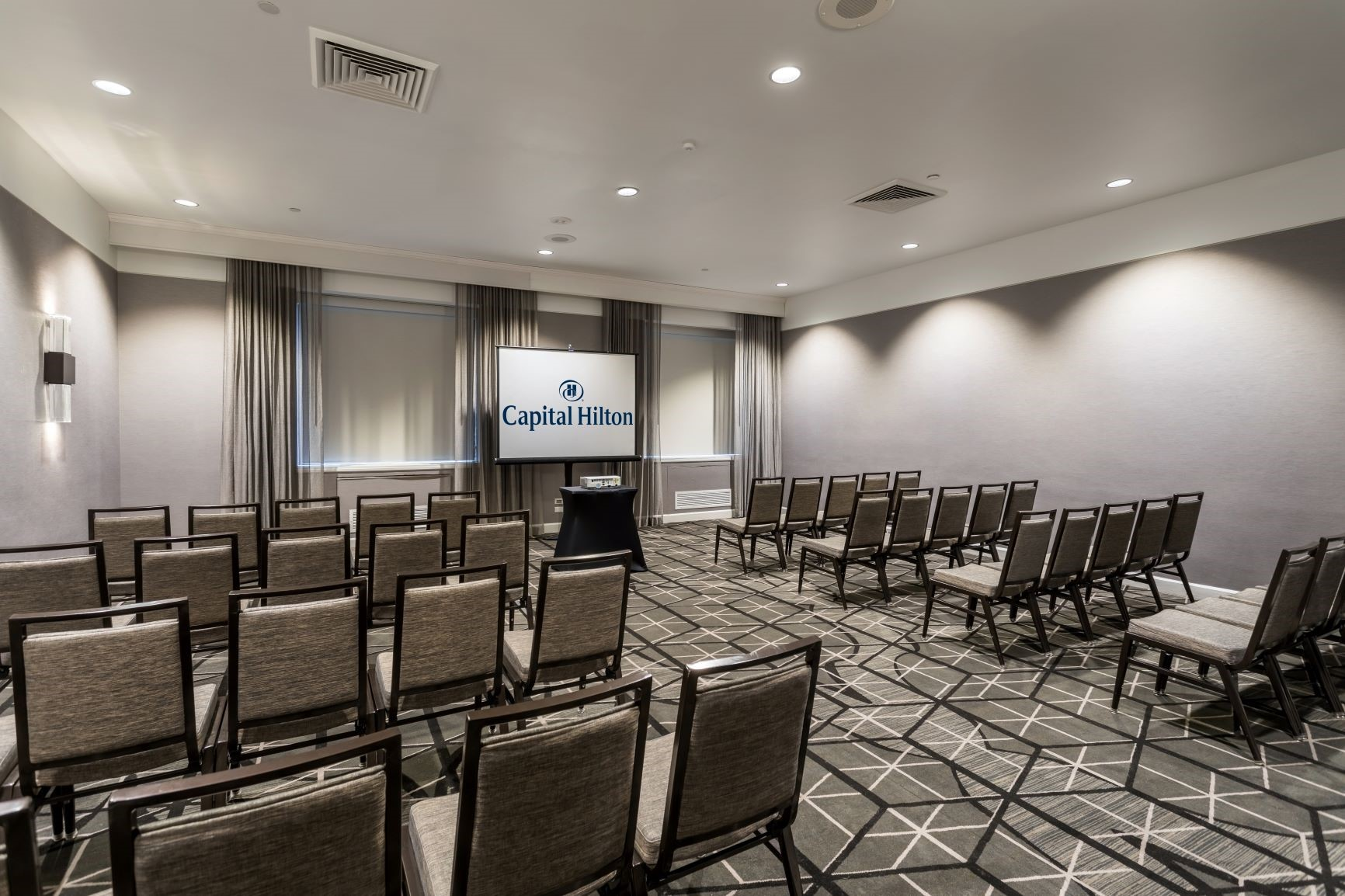Capital Hilton's second floor meeting room