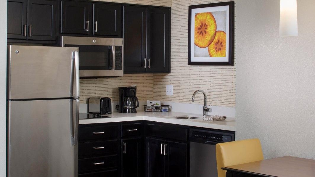 Residence Inn by Marriott Orlando at Seaworld kitchen space