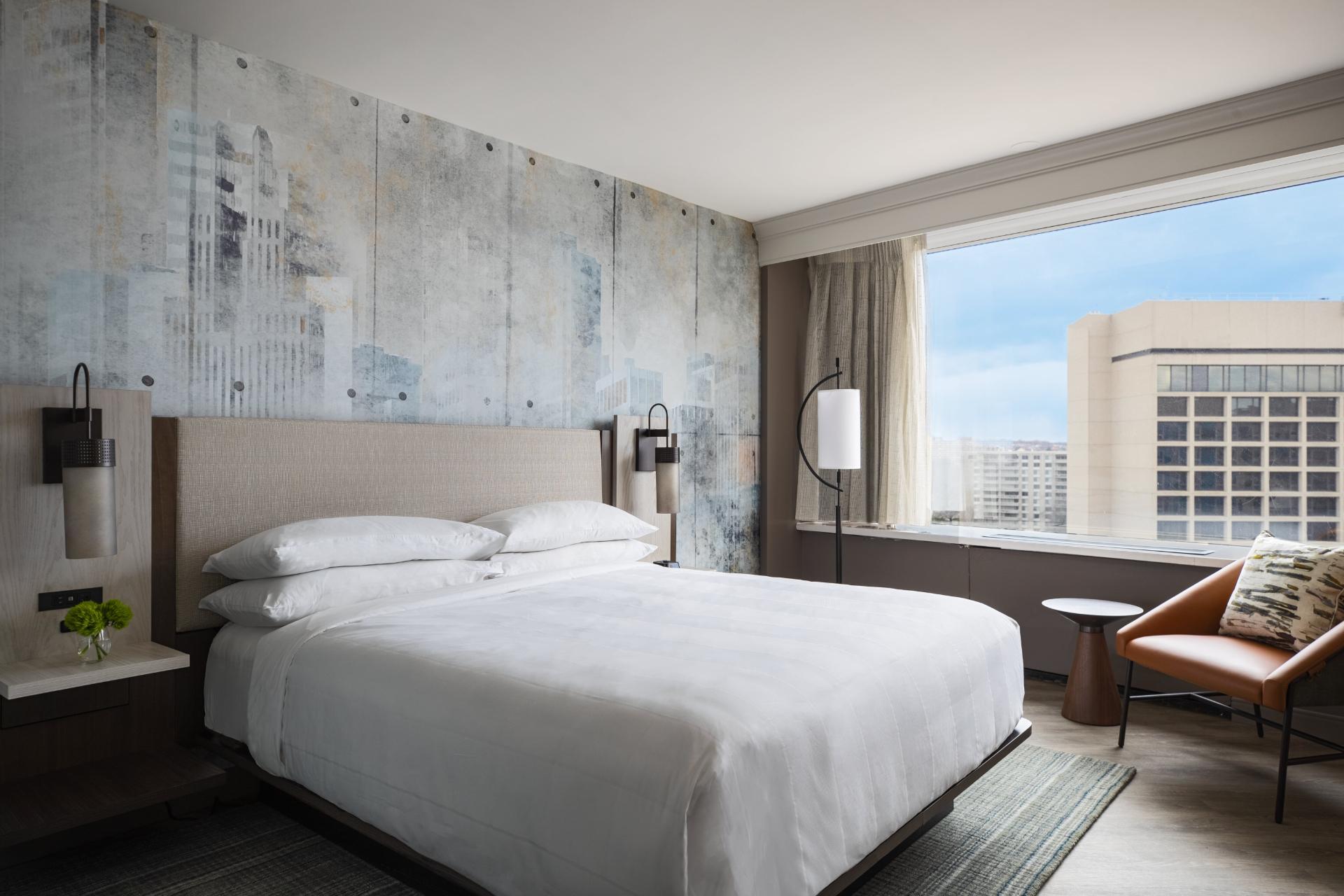 Crystal City Marriott bedroom suite