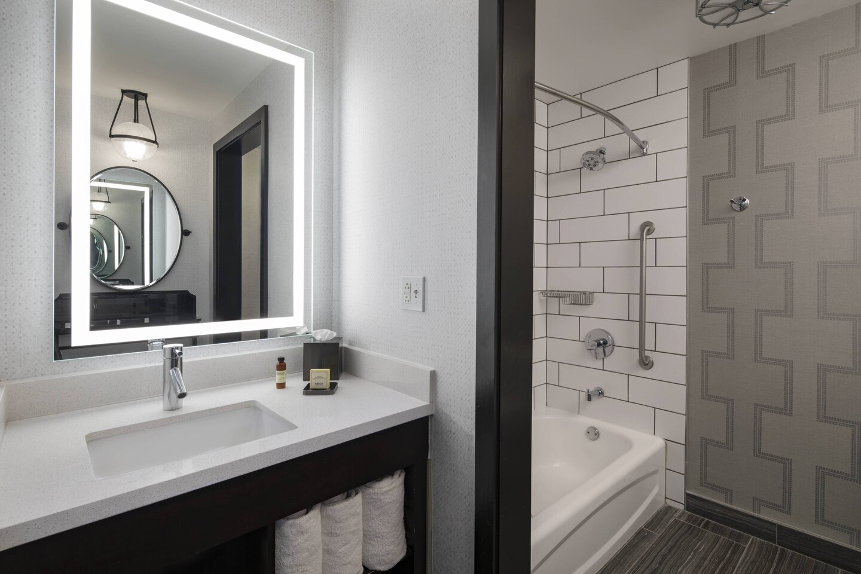 The Notary Hotel guestroom bathroom